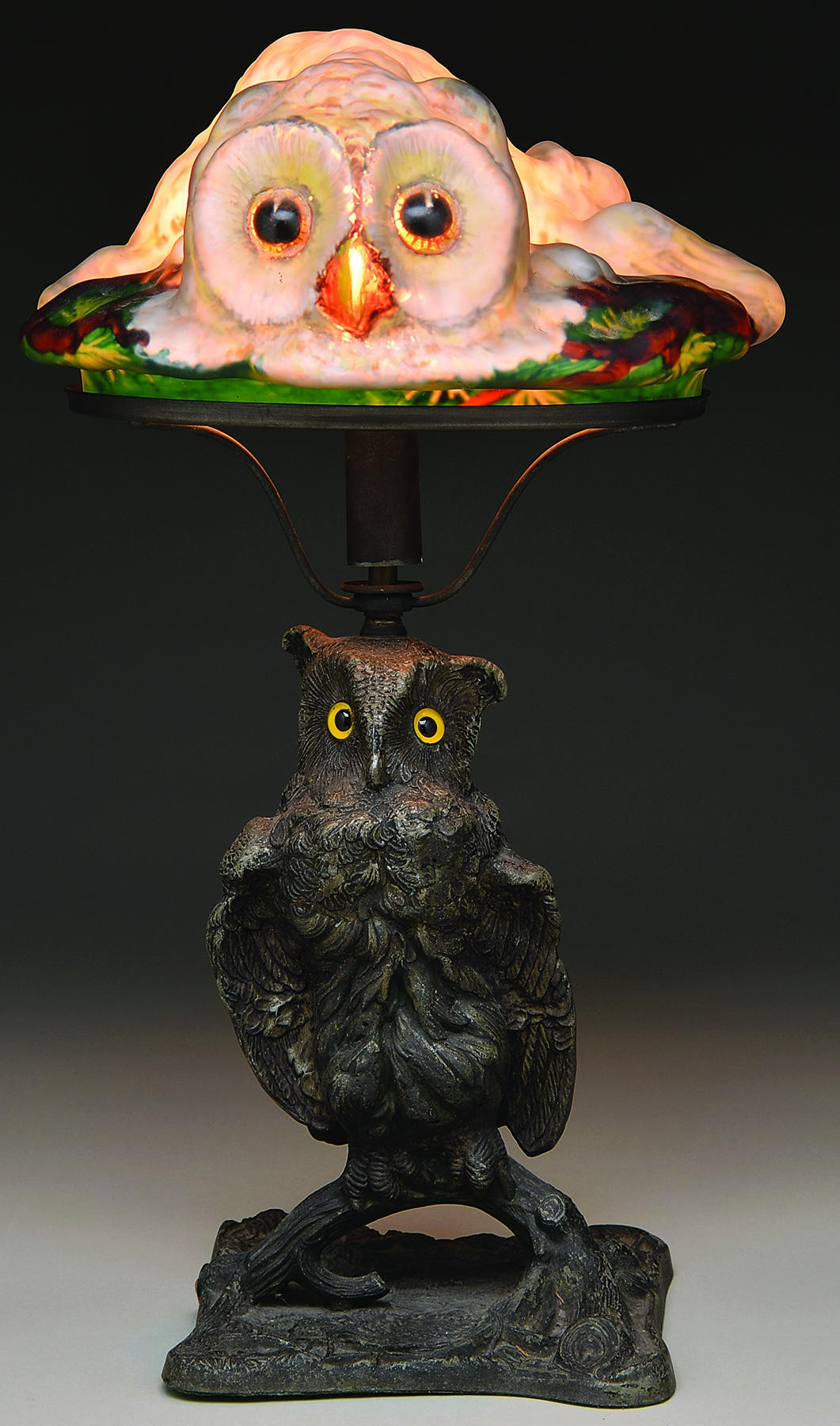 Pairpoint Puffy lamp, $77,025, James D. Julia