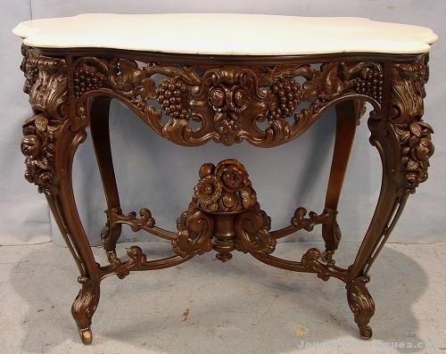 Meeks parlor center table, $33,350, Stevens Auction