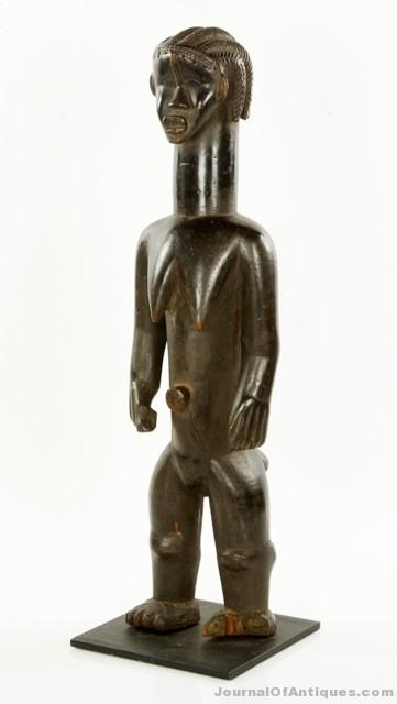 Gavels 'n' Paddles: Carved wooden Bassa figure, $90,000, Kaminski Auctions