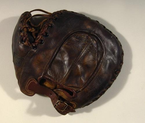 Gavels 'n' Paddles: Lou Gehrig signed mitt, $287,500, Hunt Auctions