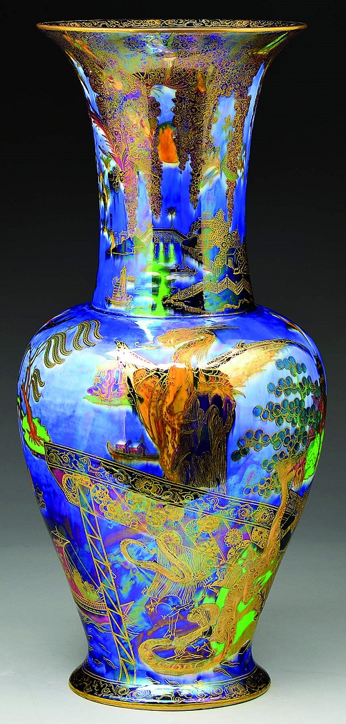 Gavels 'n' Paddles: Wedgwood Dragon King vase, $74,062, James D. Julia, Inc.