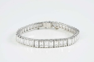Gavels 'n' Paddles - 14kt white gold bracelet, $32,400, Morphy Auctions