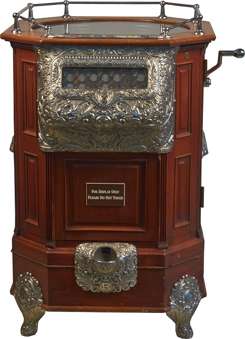 Gavels 'n' Paddles: Caille 25-cent roulette machine, $212,500, Victorian / Morphy's