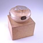 1911 R Lalique L.T. Piver Scarabee powder box (2)