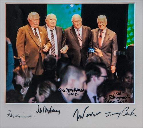 Gavels n' Paddles: Nobel Peace Prize photo, $125,000, Carter Center