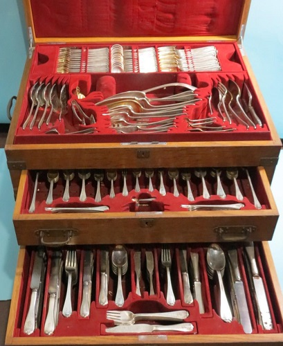 Gavels n' Paddles: Tiffany sterling flatware, $16,675, White's Auctions