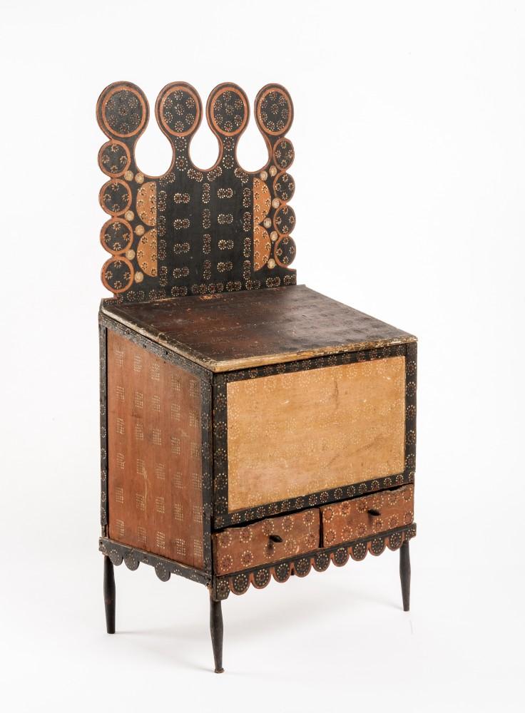 Gavels 'n' Paddles: 19th century sugar chest, $263,250, Cordier's
