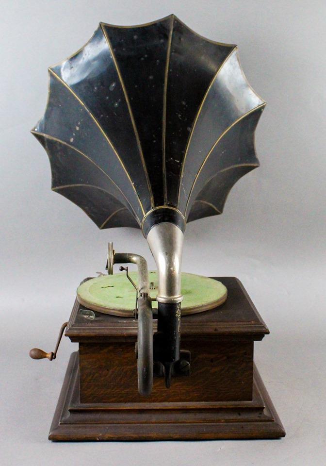 Donley Auctions Antique Music & Movie Auction