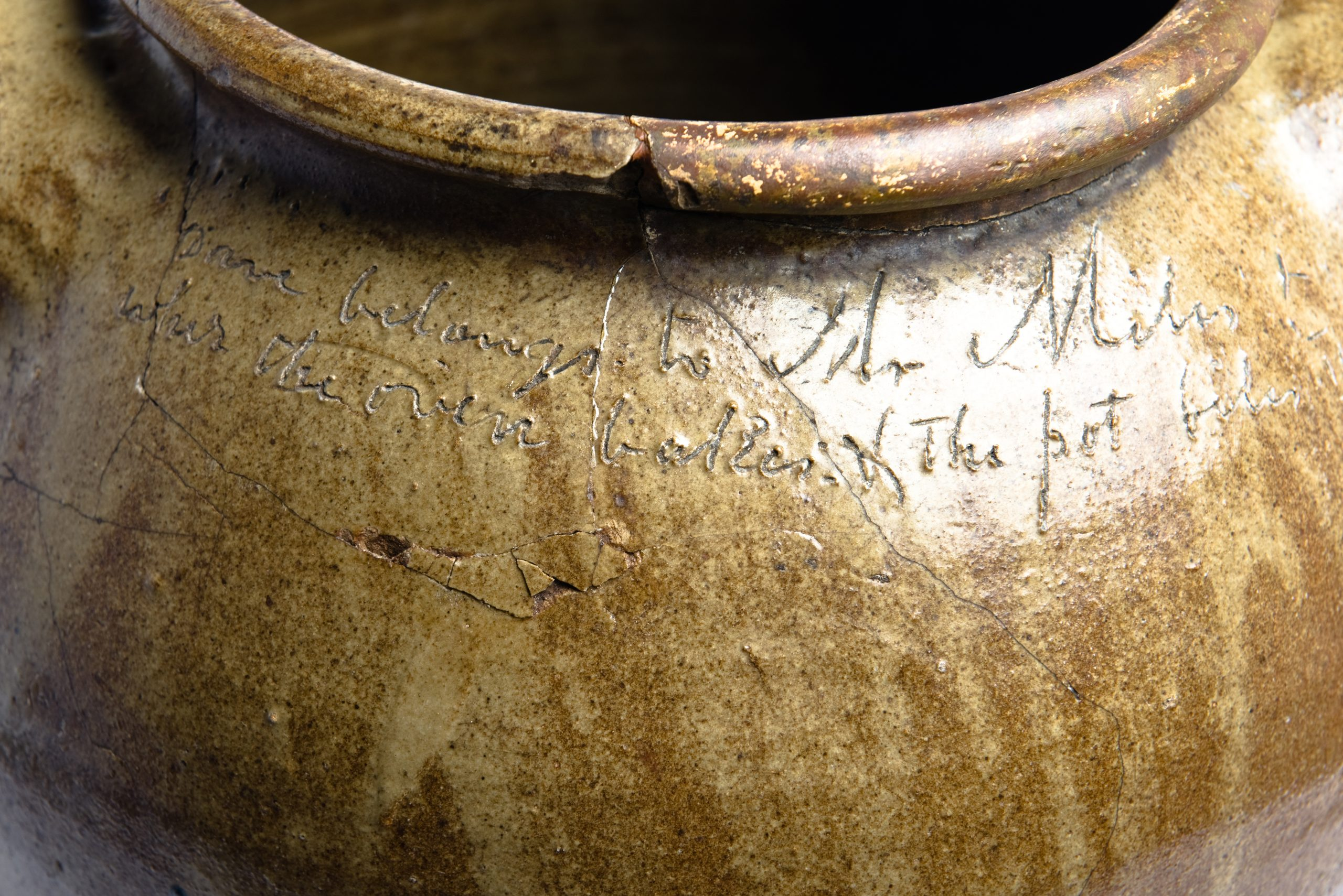 writing on pot