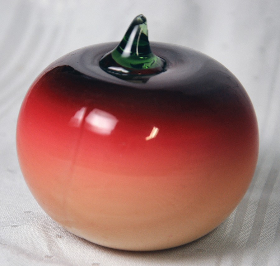 Hobbs Bruckunier Glass, Wheeling, W. Virginia rose red apple paperweight, very hard to find, slight sliver chip on stem