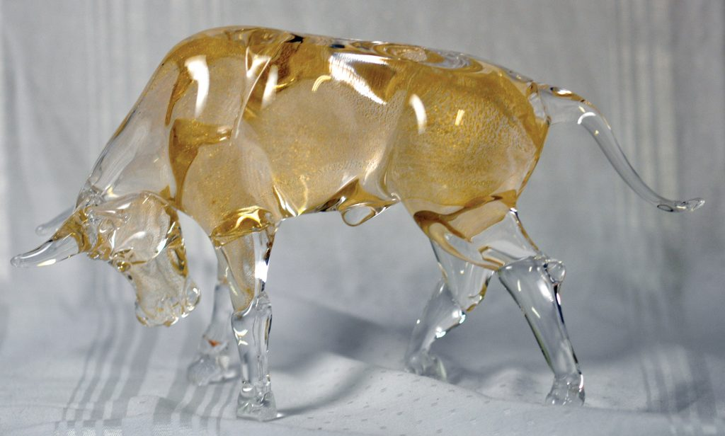 Large Murano glass bull made with gold aventurine glass