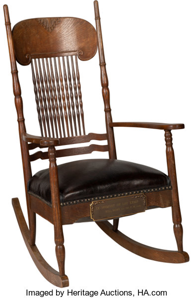 Rocking chair given by Bob Dylan to his best friend Louie Kemp in 1974 when Dylan and The Band toured the U.S.
