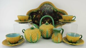 Majolica pineapple tea set
