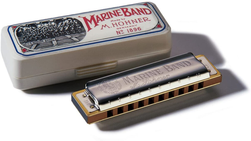 An example of the Hohner Marine Band harmonica