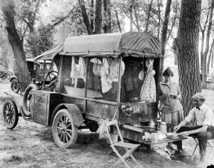 """Early road tourists also called """"Tin Can"""" Tourists in Denver Colorado, 1918"""