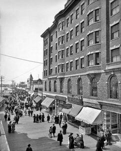 Atlantic City Boardwalk, 1904